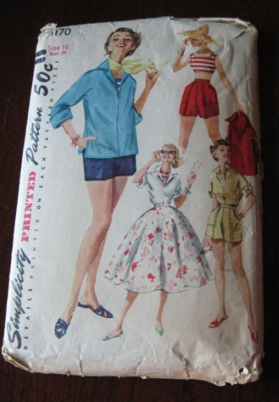 Vintage 50s Misses pullover Shirt, Top, Skirt and shorts, Weekend Wardrobe Pattern sz 16 B 34